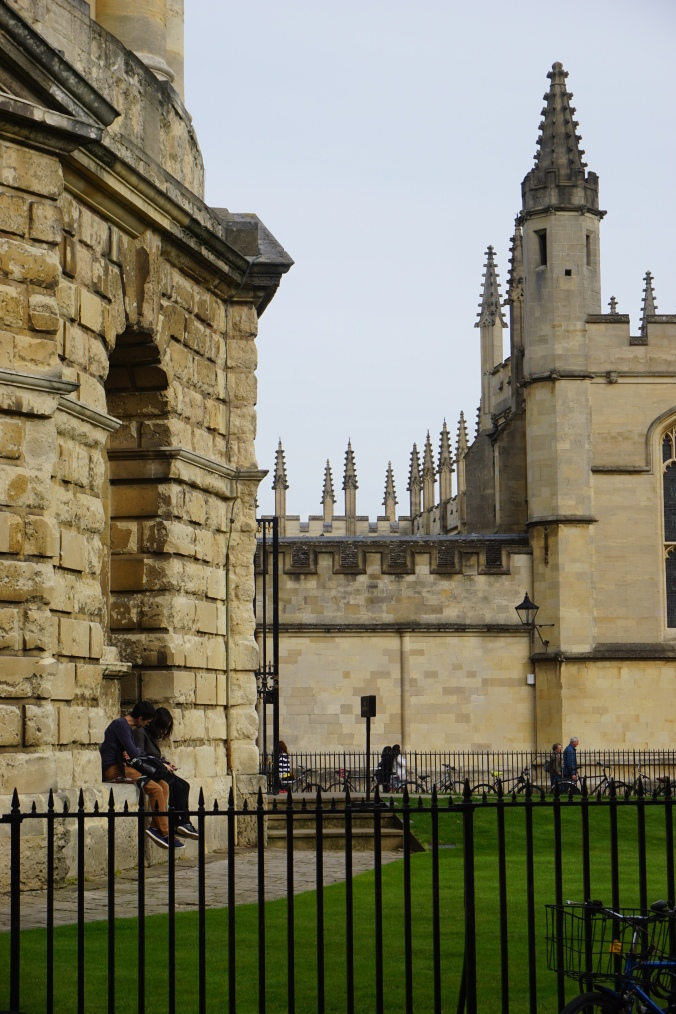 Couple at the Radcliffe Camera